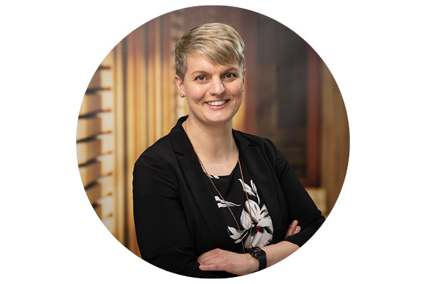 Tanja Isselmann, Vertriebsassistenz