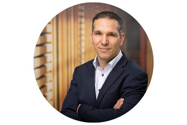 Antonino Megale - Wertpapierspezialist