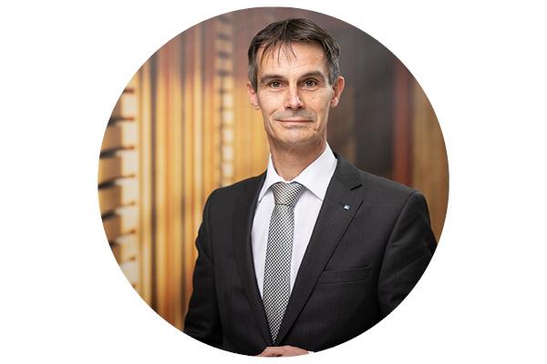 Jochen Niesen - Wertpapierspezialist